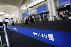 United Airline Baggage by United Airlines Changes Its Policy For Kids Traveling Alone Fortune