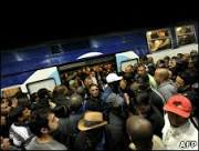 Greve contra reforma da Previdência volta a paralisar a França