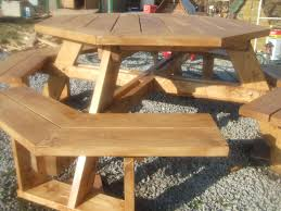 Free Wooden Picnic Table Plans by Octagonal Picnic Table