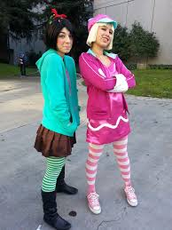 Funny Family Halloween Costumes by Wreck It Ralph Vanellope And Taffyta Funny Halloween Costumes