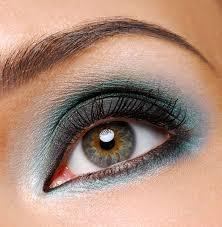 How to Do Eye Makeup   10 Eye Makeup Tips