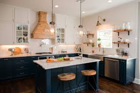 Craftsman House Remodel Design Tips From Joanna Gaines Craftsman Style With A Modern Edge