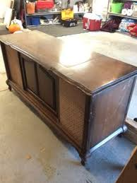 vintage stereo cabinet makeover with bluetooth and wet bar