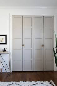 Bifold Closet Door Locks by Best 25 Folding Closet Doors Ideas On Pinterest Closet Doors