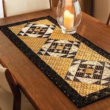 Quilted Table Runners by 1202 Best Table Runners Quilt Decor Images On Pinterest Table