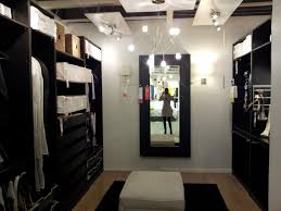 Bedroom With Walk In Closet Designs House Design Ideas - Master bedroom closet designs