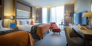 Luxury London Hotels With Family Rooms Clayton Hotel Chiswick - Family room hotels london
