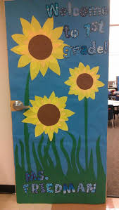 best 25 fall classroom door ideas on pinterest fall classroom