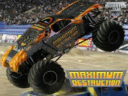 monster trucks cool video 204 best mud bogs truck and tractor pulls monster trucks ect