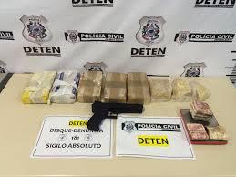 Pai e filho são presos acusados de tráfico de drogas em Cariacica ...