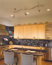 Here is the natural lighting for Island kitchen design, look at this kitchen