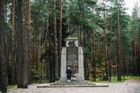 The Holocaust     s Great Escape   History   Smithsonian Ponar is dotted with new monuments to Jewish victims  after the first was demolished by the Soviets in        Christian Als