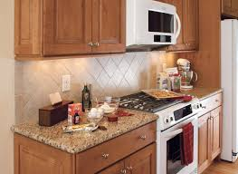 Maple Kitchen Cabinets Raised Panel Maple Cabinets Traditional Kitchen Design