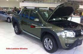 Renault Duster Oroch já está exposta em concessionária do Mato ...