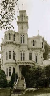 Gothic Home Decor Uk Best 25 Gothic House Ideas On Pinterest Victorian Architecture