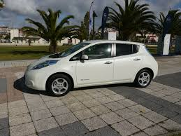 nissan leaf vs chevy bolt how to keep your nissan leaf u0027s battery pack happy in weather
