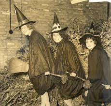 1920 Halloween Costumes 247 Vintage Witches Images Halloween Witches