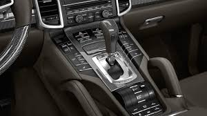Porsche Cayenne Inside - 2015 porsche cayenne s e hybrid suv taps the spyder for a little