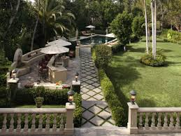 Simple Covered Patio Designs by Outstanding Simple Backyard Patio Designs With Home Design Outdoor