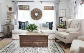 Farm Style Living Room by Farmhouse Style Wooden Trunk Coffee Table Ideas Rooms For Rent Blog