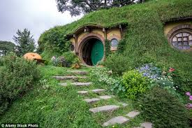 Bilbo Baggins Hobbit House   cheap resume builder happytom co
