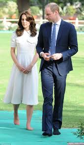 kate middleton reveals her un pedicured toes with prince william