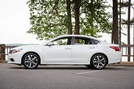 nissan altima 2016 interior dimensions 2017 nissan altima what u0027s changed news cars com