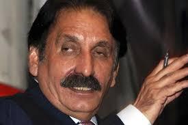 سابق چیف جسٹس افتخار چودھری نے عمران خان کو ہتک عزت کا نوٹس بھجوا دیا