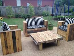 Build Your Own Outdoor Patio Table by Diy Pallet Outdoor Sofa Plans Pallet Wood Projects