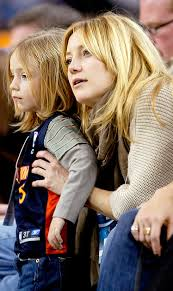 Кейт Хадсон со старшим сыном