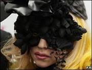 Ex- namorado e produtor musical processa Lady Gaga