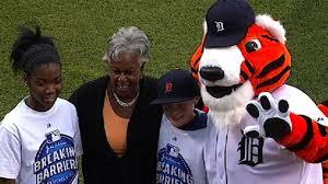 Major League Baseball announces winners of Breaking Barriers essay