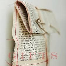 Ideje i načini za zamatanje poklona Images?q=tbn:ANd9GcQrOGONLnVQT_kQVkRvMWFodKguAR7ZEF_qHGA32vtBfwDYhpql