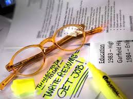 Our    Best Long Beach Resume Builders   Angie     s List Angie s List   Insider Secrets for Hiring the Best Resume Writer