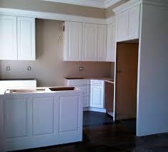 kitchen cabinet crown molding best 20 kitchen cabinet molding