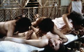 кадры из фильма «Калигула»