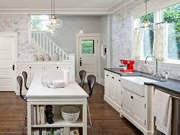 the low down on laminate vs hardwood floors