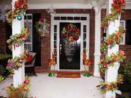 awesome enrtry way with front porch christmas decorations plus