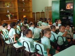 Mais de 85% das crianças estão fora das creches públicas ...