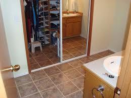 bathroom floor design entrancing small bathroom decoration using