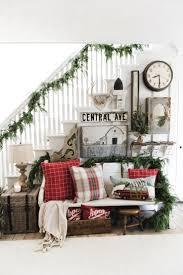 Farm Style Living Room by Best 25 Rustic Farmhouse Entryway Ideas On Pinterest Foyer