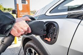 nissan rogue us news 2017 nissan rogue hybrid tesla autopilot probe closed chevy bolt