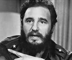 """fidel-castro Fidel Castro entra a L'Avana dopo l'abbandono del paese da parte del generale Fulgencio Batista. Conosciuto con l'appellativo di """"Lìder Màximo"""" ... - fidel-castro"""