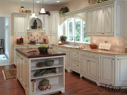 square kitchen designs 1000 ideas about square kitchen layout on