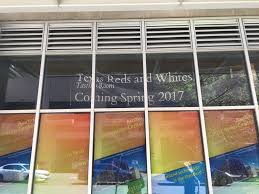 new texas only wine tasting room pours into downtown austin