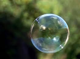 La bulle spéculative des marchés de produits dérivés prête à exploser! Images?q=tbn:ANd9GcQzXCmNZlH-tLzwkZSZhhb48SQoJrmOla4YAr2KrTIbyk0m_eT5Vg