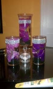 Purple Floating Candles For Centerpieces by Best 25 Purple Centerpiece Ideas On Pinterest Unique