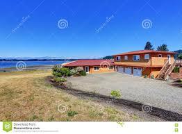 peinture de bord de mer maison américaine de bord de mer peinture extérieure d u0027orange et