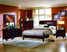 small master bedroom design plan with nice lighting cncloans