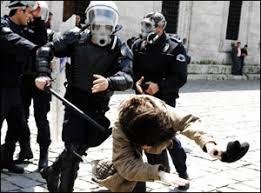 Kimse Bize Polis Şiddet Uyguluyor Dedirtemez! İnsanlar Kendi Düşüyor!